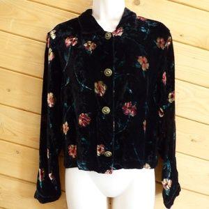 Gocha Covered Velvet Floral Button Front Shirt 10